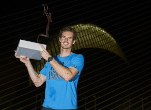 Andy Murray in front of Agora in Valencia