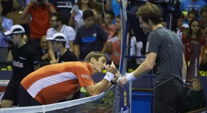 Robredo and Murray after match point in Valencia