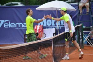 Facundo Bagnis made it into the quarterfinals beating Guilherme Clezar