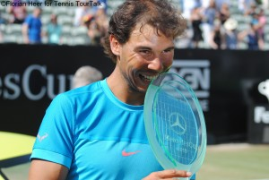 Rafael Nadal claimed the title in Stuttgart for the third time (2005, 2007, 2015)
