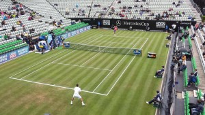 Viktor Troicki and Alexander Zverev were first up on centre court today (photo: Mercedes Cup)