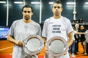 Champion and runner-up in Sao Paulo (photo: Marcello Zambrana)