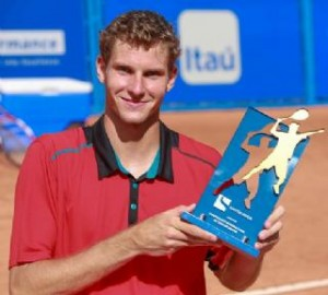 Blaz Rola lifted his only trophy in 2015 (photo: Luiz Pires)