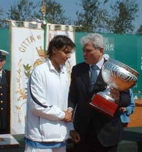 Nadal clinched his first ATP Challenger trophy in Barletta in 2003 (photo: affaeledambra.myblog.it)