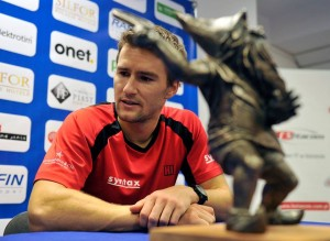 "Marco Chiudinelli takes the ""dwarf"" (photo: Wroclaw Open)"