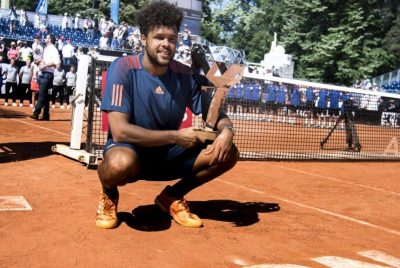 Tsonga Takes First Clay-Court Crown In Lyon