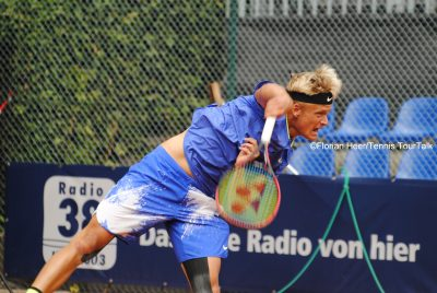 Kuhn Opens Season With First Round Win In Koblenz