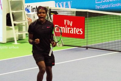 Ymer Delights Home Crowd In Stockholm