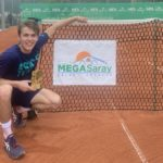 Piros ITF World Tennis Tour