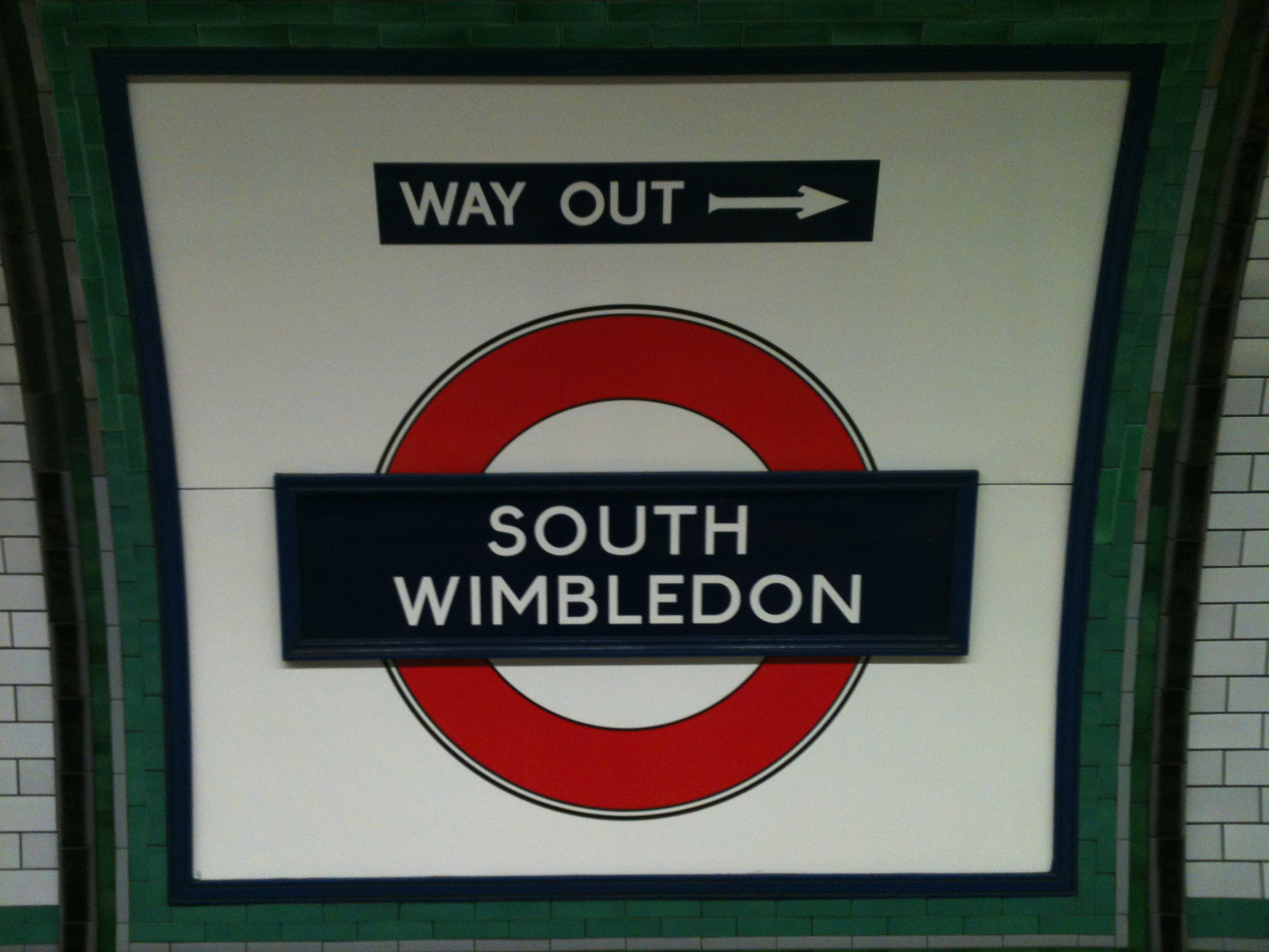 south wimbledon underground sign.
